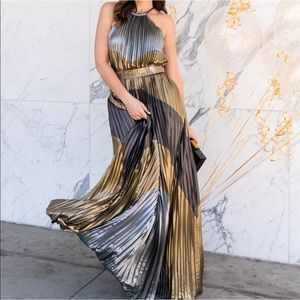 Metallic colorblock pleated gown